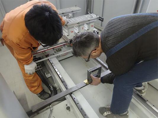 機械設置作業